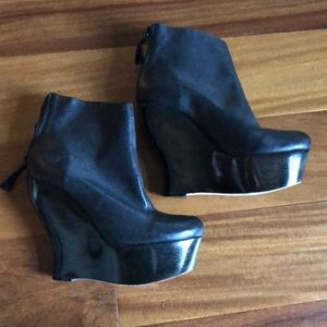 Alice and Olivia black  booties
